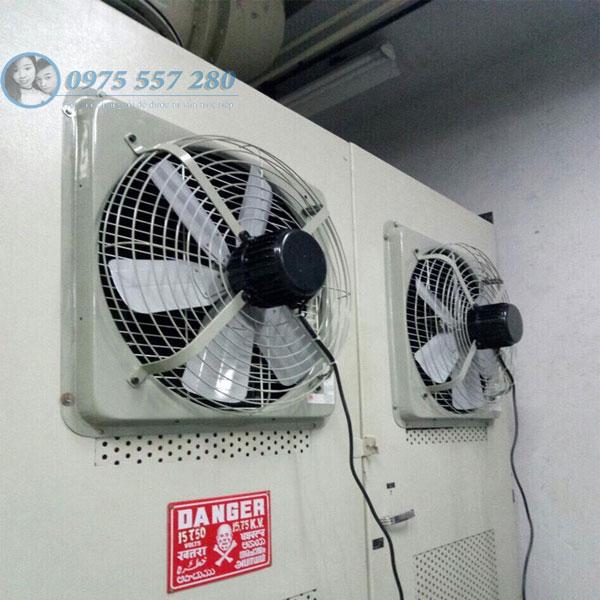 Hút và cấp gió cho tủ điện